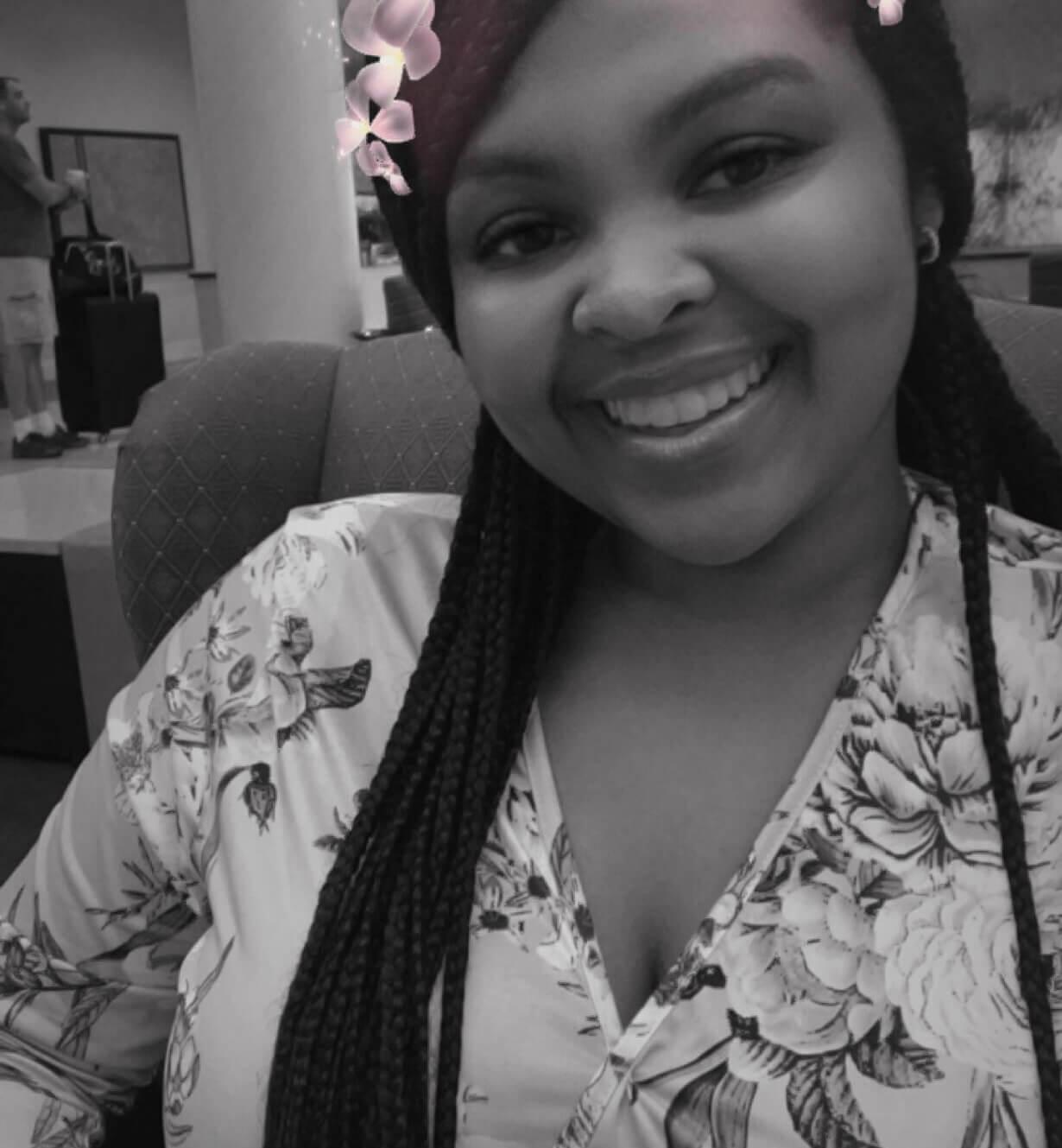 Lenay, Front Desk Associate